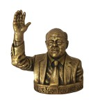 Busto de bronce del primer Primer Ministro de Singapur Lee Kuan Yew