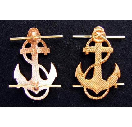 2 insignes de broche ANCRE de la marine soviétique