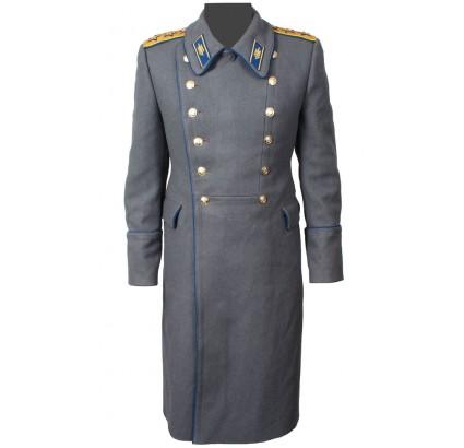 Sobrecubierta de lana de los generales de la seguridad del Estado soviética