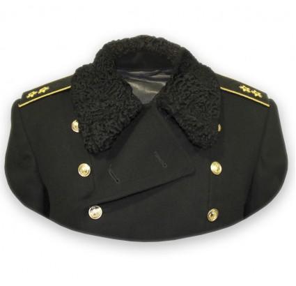 Ruso de la Marina de alto rango de la Flota del Norte de invierno Gran Capa